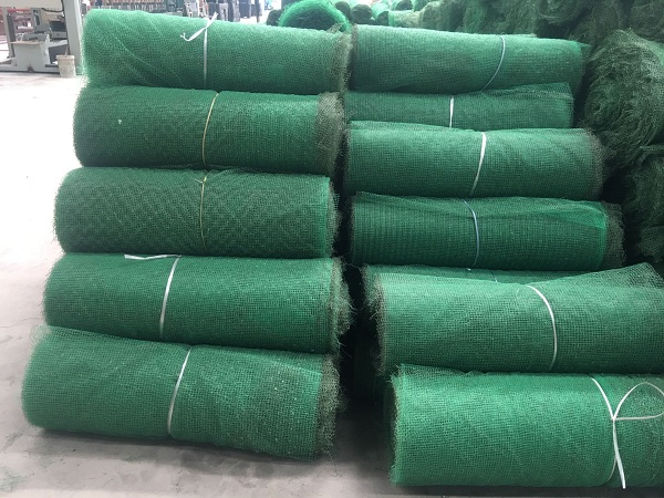 三维植被网护坡作用防护植物配置的技术原则