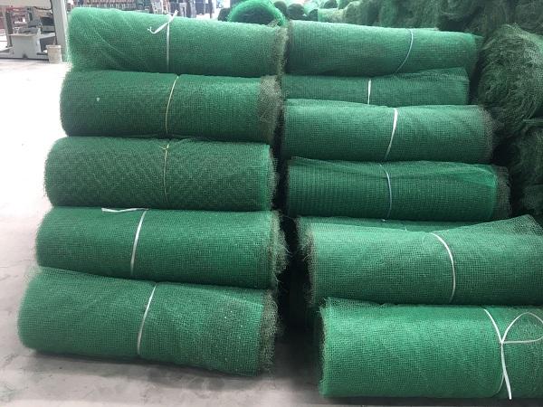 三维植被网搭接保证绿化防护效果