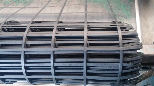 钢塑土工格栅生产基地