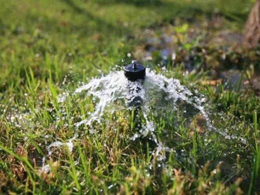 大棚滴灌管可实行高频灌溉