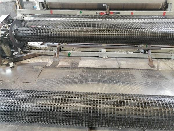 双向塑料土工格栅在重载铁路路基中的应用设计